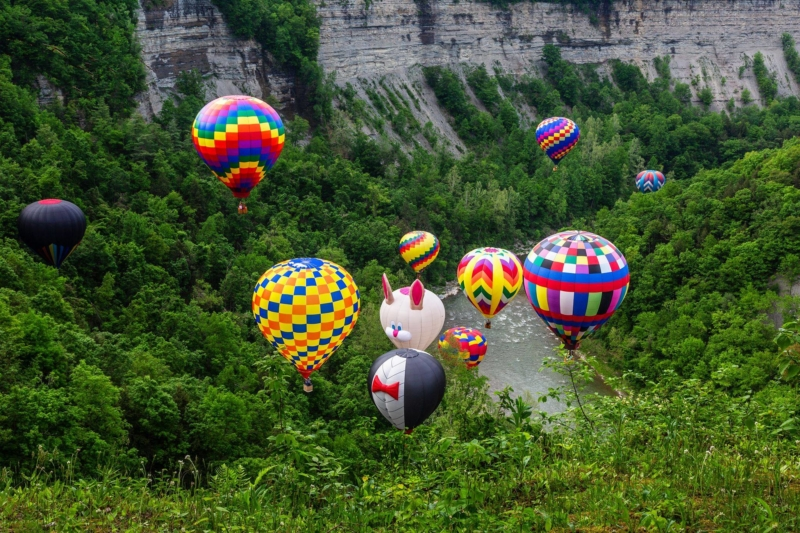 Balloons flying in the Letchworth Gorge